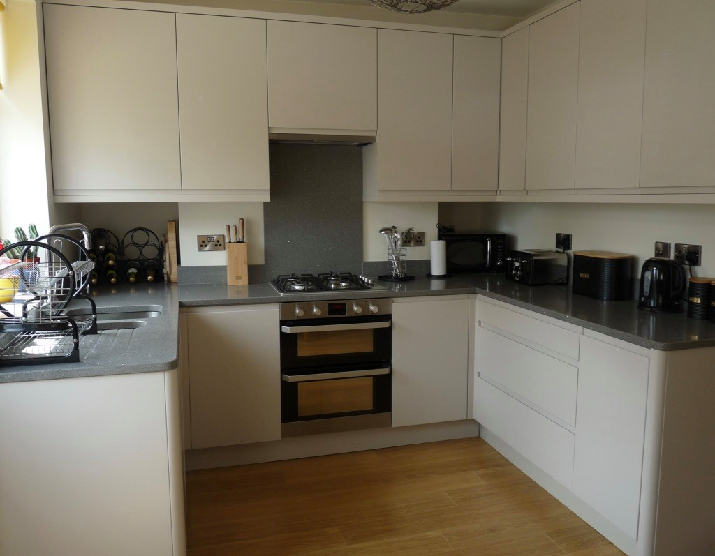 Modern Custom made kitchen - West Yorkshire